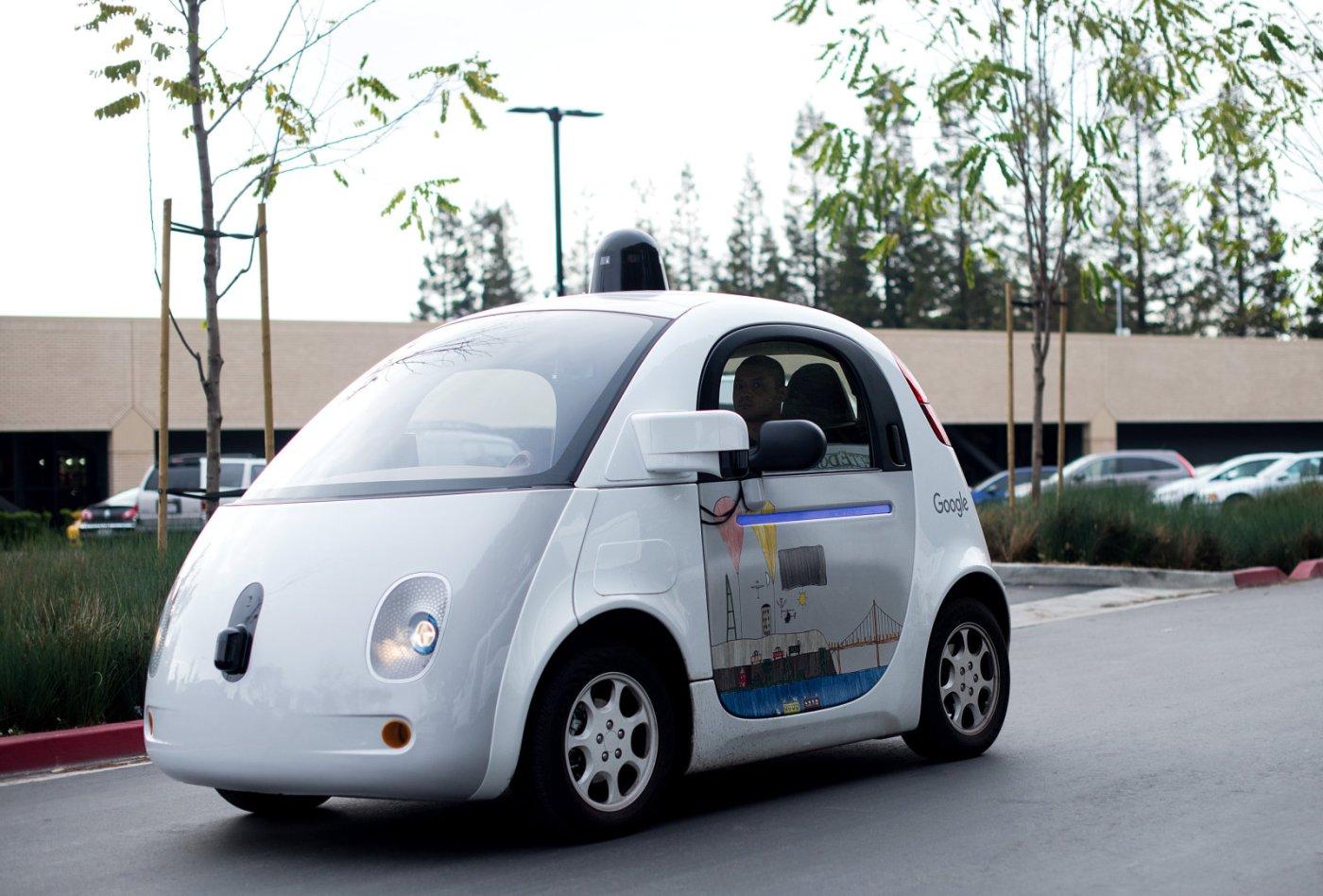 google-hires-abnb-selfdriving.jpg