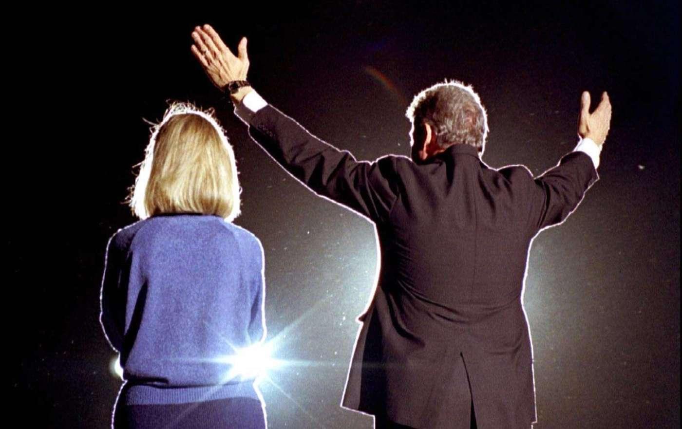 hillary_and_bill_clinton_1992_rtr_img.jpg