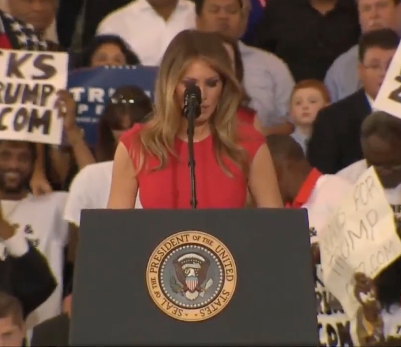 first-lady-prayer.jpg